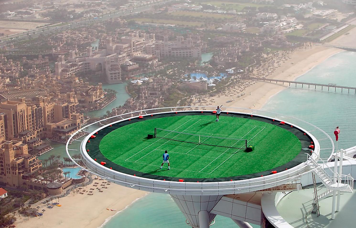 burj-al-arab-helikopterlandeplatz-tennis
